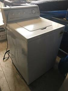 KLEENMAID COMMERCIAL HEAVY DUTY 7.5 KILO WASHING MACHINE Victor Harbor Victor Harbor Area Preview