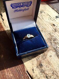 Beautiful Fully Hallmarked 9ct Gold Aquamarine And Diamond Ring