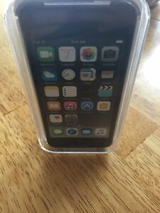 Brand new iPod touch 6th gen