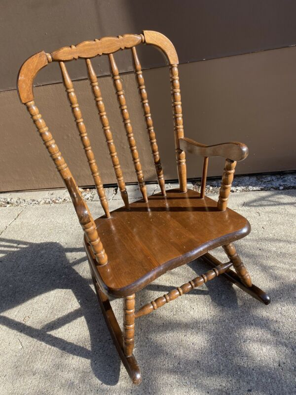 Sweet Vintage Wooden Jenny Lind Style Child Kids Rocker Rocking Chair And Pad