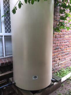 Rainwater tank 1250L