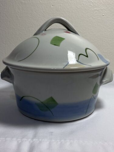 Vintage Gearge Handy Art Pottery Bowl With Lid - $20.50