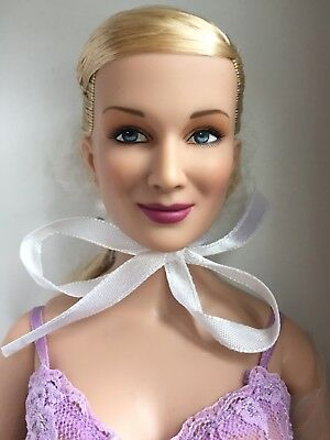 "Tonner TYLER 16"" 2006 EMME BASIC BLONDE Fashion Doll NRFB Full Figured Body"
