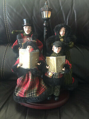 """Christmas Carolers Family Figures with Lighted 16"""" Lamppost on Base"""