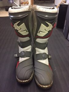Youth size 6 MX boots