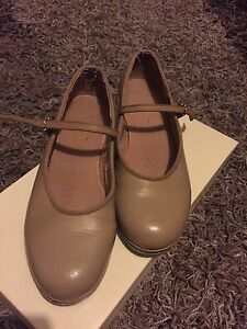 Tap Shoes Elermore Vale Newcastle Area Preview