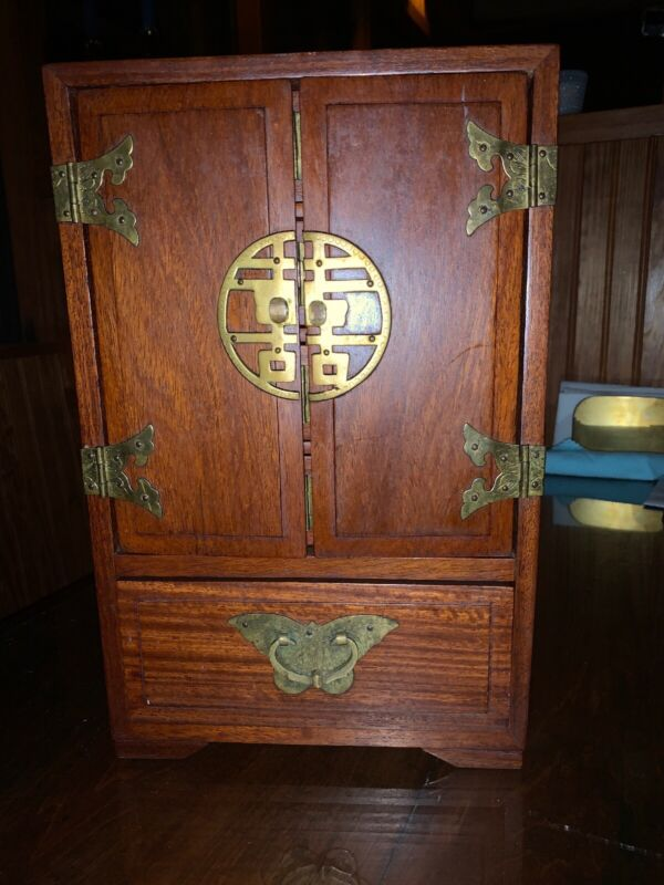VINTAGE ANTIQUE ROSEWOOD CHINESE ASIAN WOOD AND BRASS JEWELRY TRINKET BOX CASE