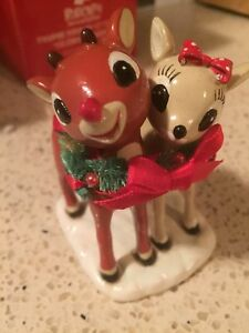 Department 56 Rudolph and Clarice In Wreath Figurine