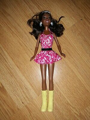 ♡  Vintage 2001 Barbie doll~ from Mattel~ Lovely condition ♡