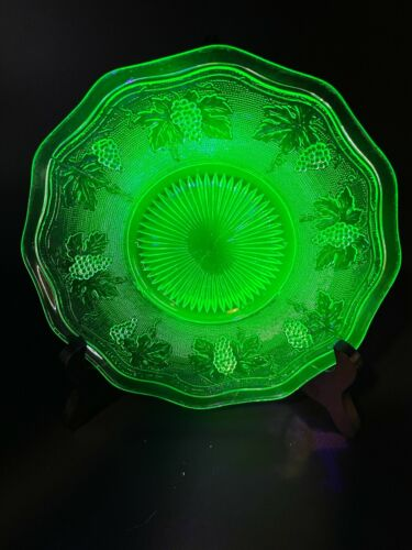 Uranium Vaseline Glass Dish Grape Vine Pattern -GLOWS-8.5 in