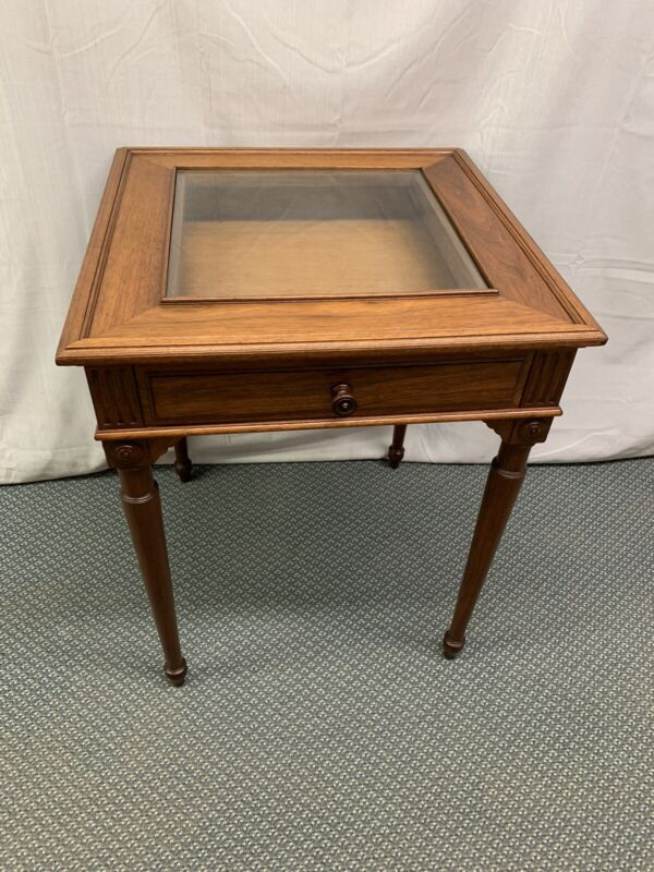 Antique Vintage Wood Walnut Display Side End Showcase Table