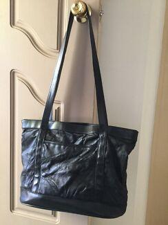 Large Black Patchwork Leather Handbag Conder Tuggeranong Preview