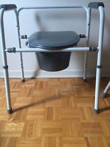 Commode - mobile bathroom