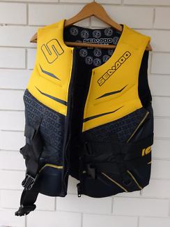 life jacket SeaDoo 2XL