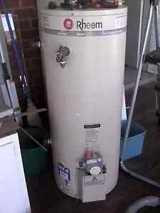 Natural gas hot water heater Boree Creek Urana Area Preview