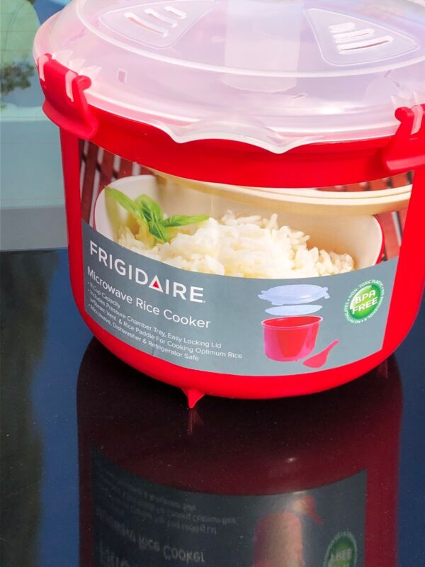 FRIGIDAIRE  Microwave Rice Cooker 11-Cup- BPA FREE( Best Offer See Pictures )