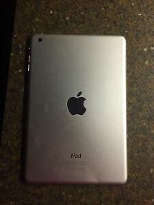 iPad mini 2 London Ontario image 2