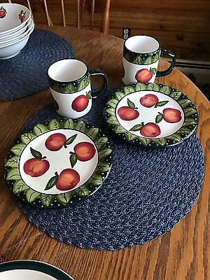 Set of 2 Apple Breakfast/Bread and Butter Plates and Mugs