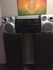 Jvc stereo system with 4 speakers