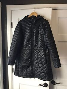 Manteau Thermoball The North Face pour femme grandeur XL