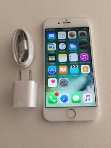 FACTORY UNLOCKED IPHONE 7 32GB NICE CONDITION
