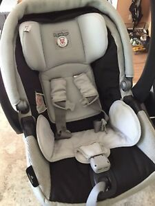 Peg perego rear facing car seat for sale!