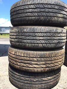 195/60R15 Dunlop 2 pneus d'été 80$