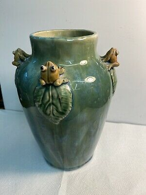 """Rare Vintage Vase With Four Frogs Perching In A Tree Leaf 9 1/2"""""""