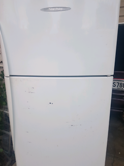 FISHER&PAYKAL 392 LITRE DELIVERY INCLUDED