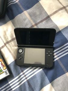 Nintendo 3DS, games and case