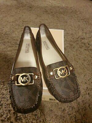 Michael Kors Charm Moc Brown Signature Leather Loafer Flats, Size (Michael Kors Charm Flats)