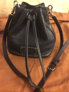 Marc by Marc Jacobs - leather crossbody navy blue