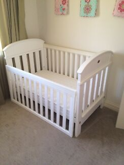 Boori Maddison cot and draws set Rockingham Rockingham Area Preview