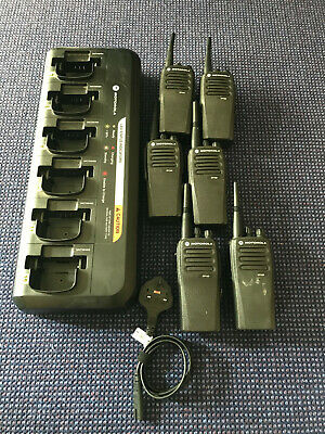 6x Motorola DP1400 Digital UHF Two Way Radios + Genuine Motorola Six Way Charger