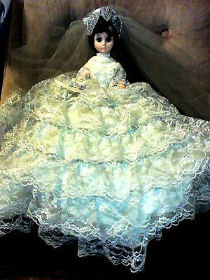 "1958 Wedding Bride Doll  18"" Tall  Haunting Eyes Complete"