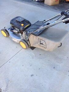 John Deere self propelled Lawnmower