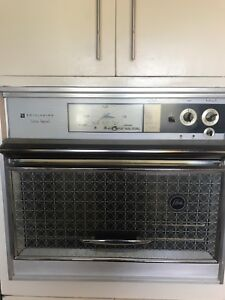 1960 Frigidaire cooktop and wall oven