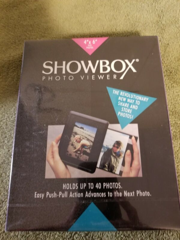 "Burnes Showbox Photo Viewer / 4""X6"" Size Photos / Holds Up To 40 Photos, New"