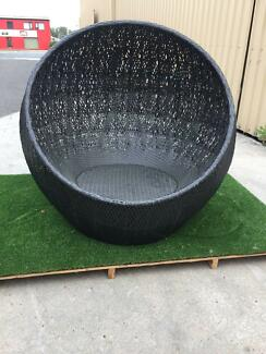 OUTDOOR BALL CHAIR