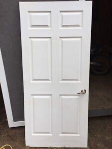 Interior door very good condition