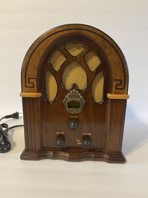 Crosley Cathedral Style Companion Table Top AM FM Radio Model CR31