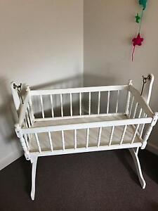 Baby Cradle/Cot Ballarat Central Ballarat City Preview