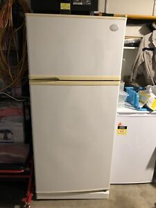 Good price Sharp Fridge and Freezer for sale