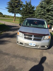 2008 Dodge Grand Caravan $3900 obo or trade