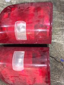 2010 gmc 1500 tail lights