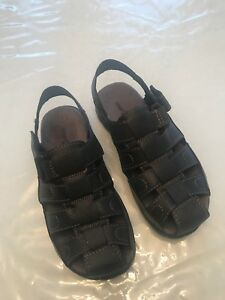 Boys Sandals. Size 3. Brown, light weight.  Pick up in Markham.