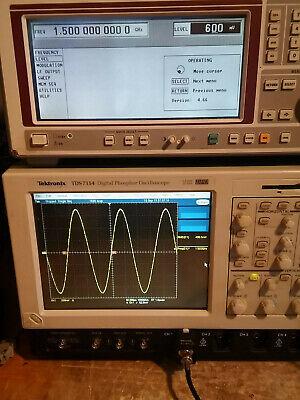 Rohde Schwarz Smt 03 Analog Signal Generator 5khz To 3.0ghz W Oven Osc. Sm-b1