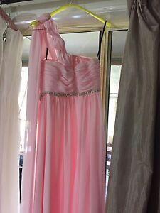 Formal dress Salt Ash Port Stephens Area Preview