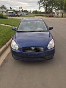 2010 Hyundai Accent 5 speed
