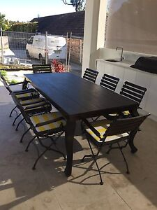Outdoor/ indoor Dining Table Setting Cronulla Sutherland Area Preview